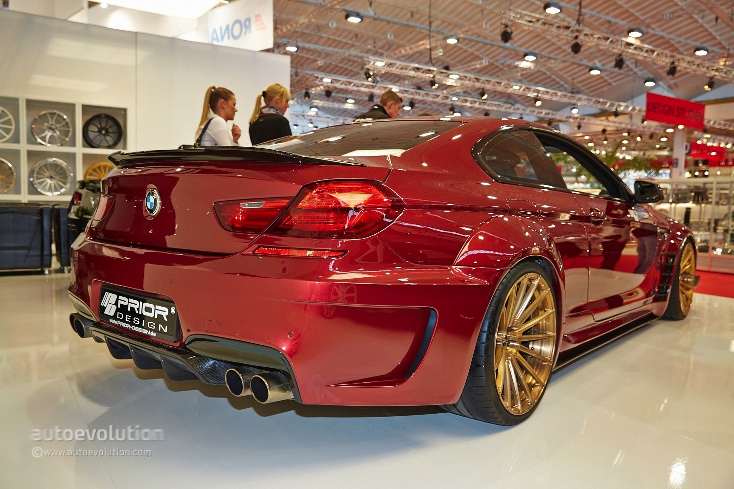 Bmw M6 Gran Coupe >> BMW M6 with a Quilted Interior Belongs to Prior Design at Essen 2014 [Live Photos] - autoevolution