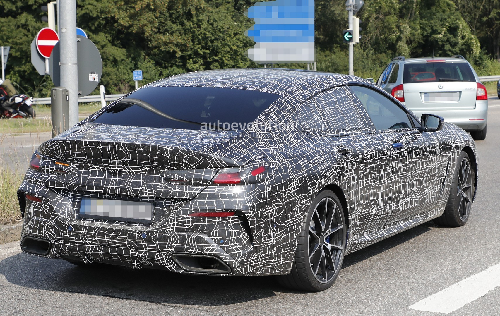 Bmw M850i Gran Coupe Spied In Traffic Looks Gigantic