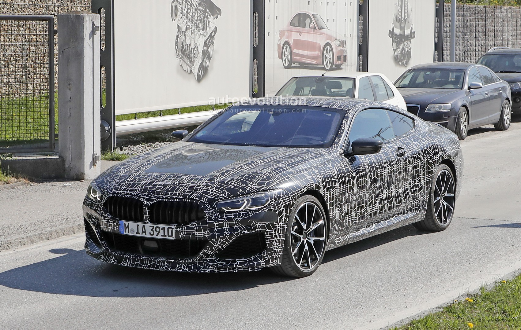 Bmw M850i Shows New Blue Grey Paint During Testing