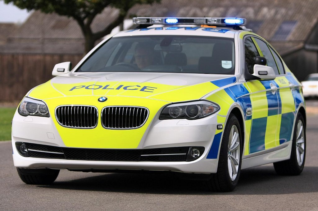 Bmw Police Cars And Motorcycles To Keep Uk Safe