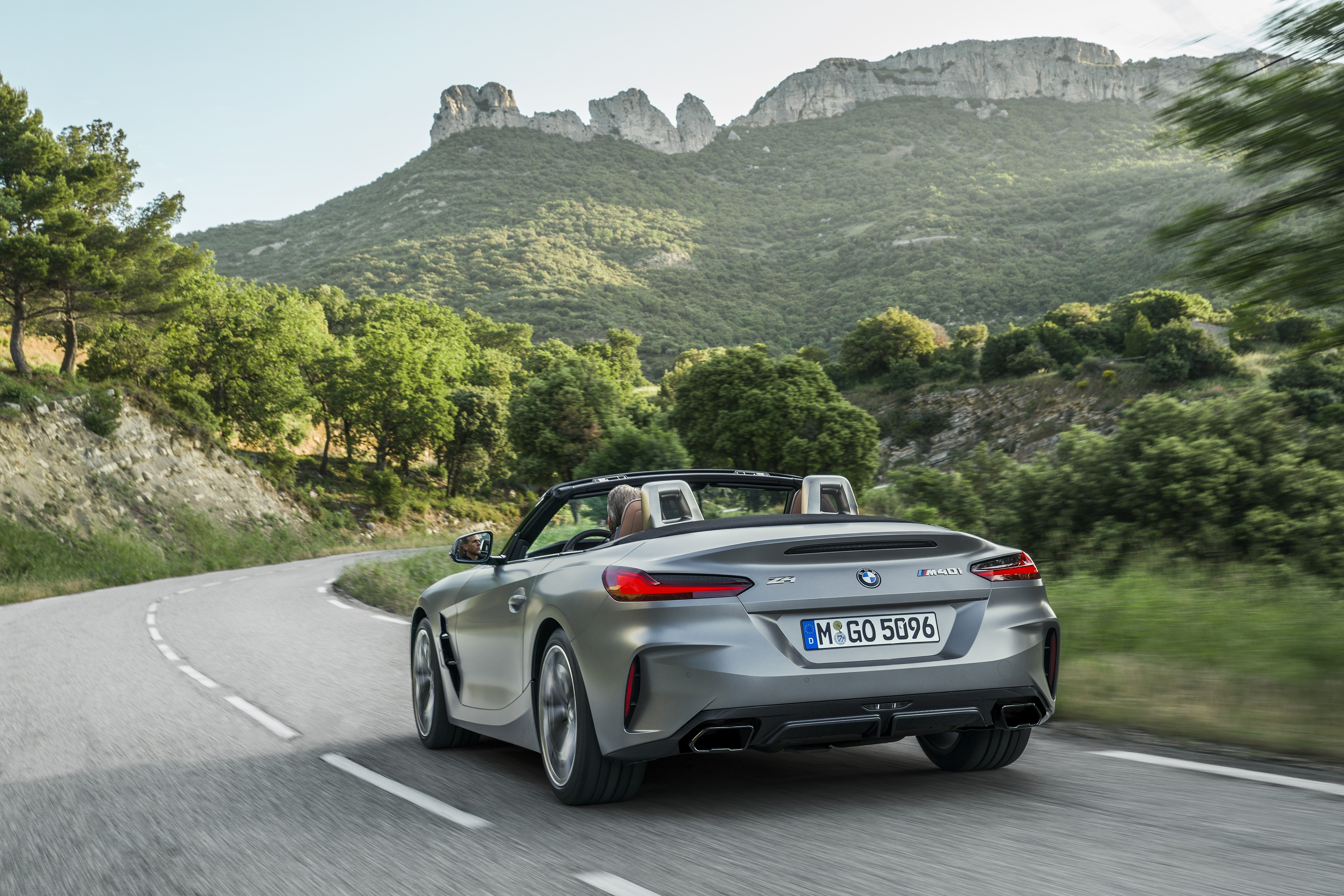 bmw presents official car lineup for the 2018 paris motor show