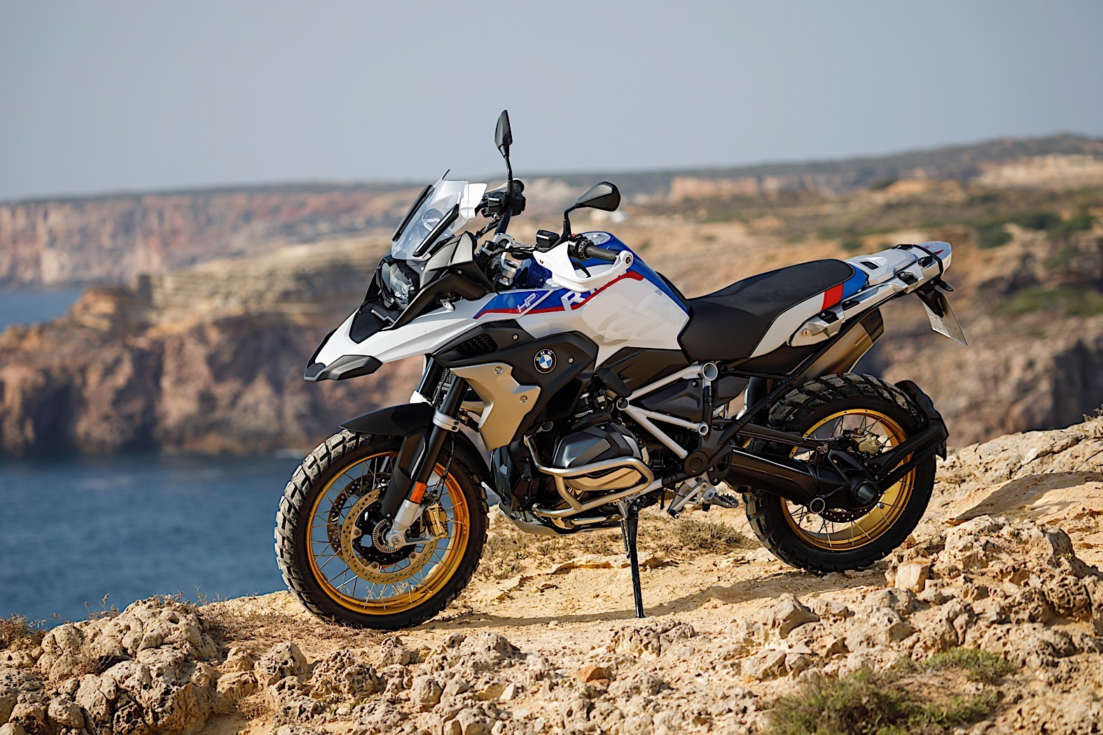 bmw r 1250 gs gets bigger engine with variable valve. Black Bedroom Furniture Sets. Home Design Ideas