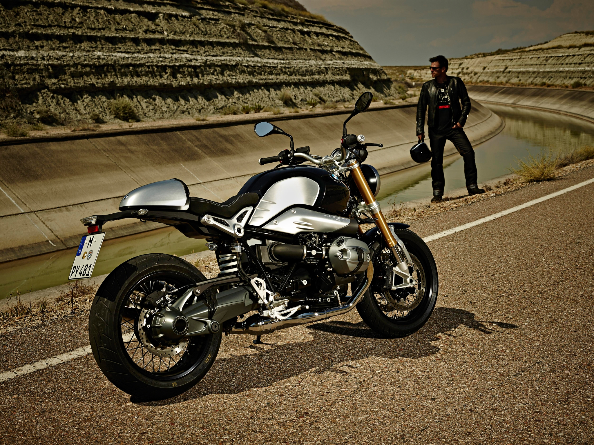 Bmw R Ninet Is Motorcycle Xxx Autoevolution