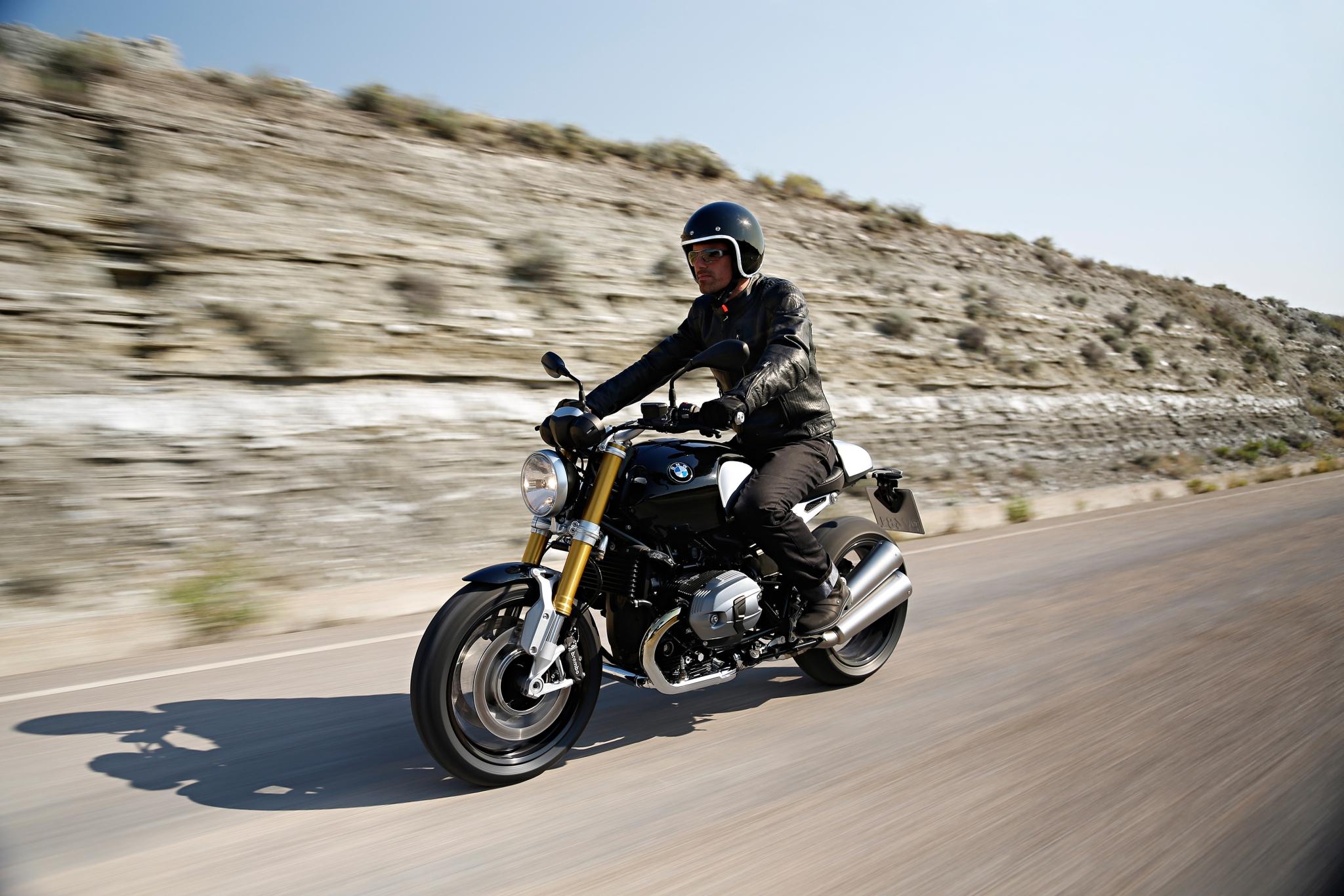 bmw r ninet is motorcycle xxx autoevolution. Black Bedroom Furniture Sets. Home Design Ideas