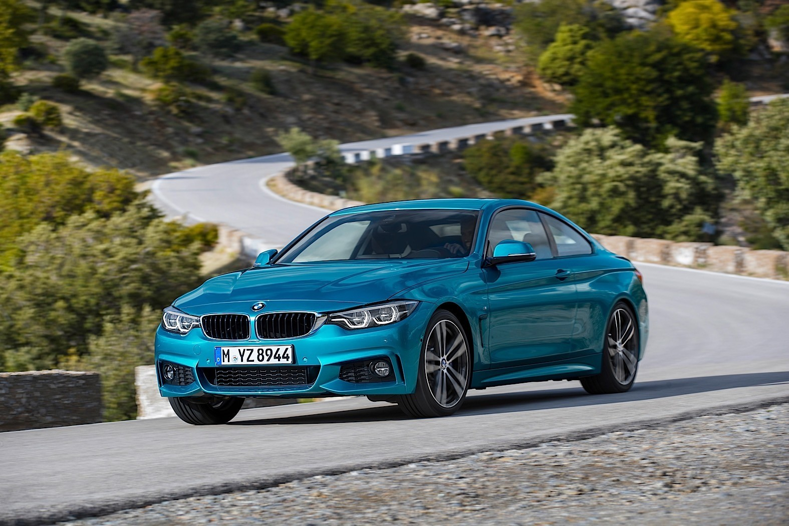 2000 BMW 4 Series Convertible Models Recalled for Airbag Problems