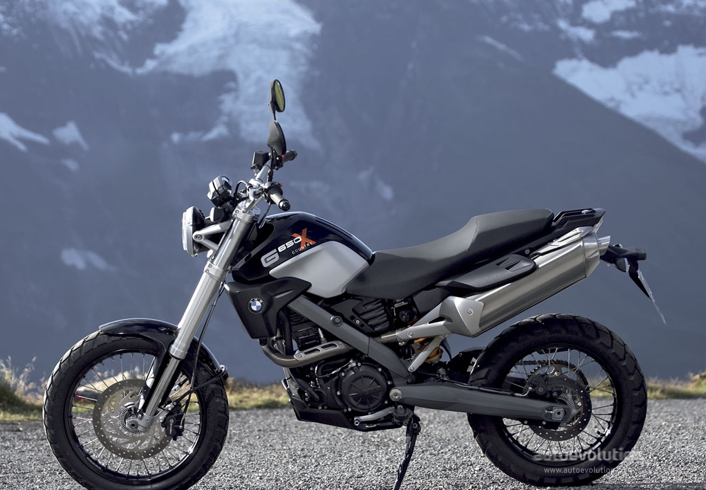 Bmw Rumored To Reveal 350cc Enduro And 500cc Streetfighter