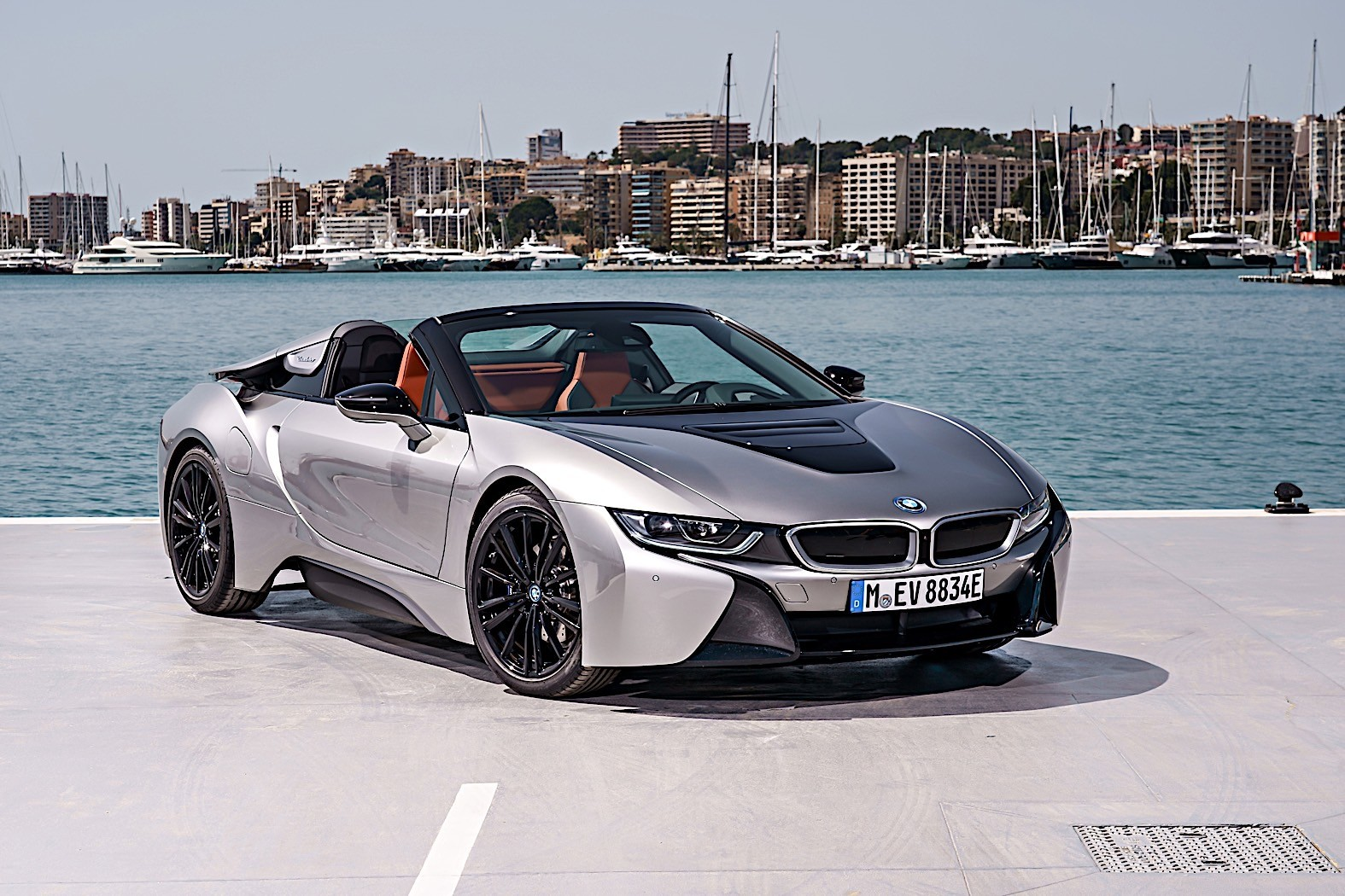 bmw i8 one of car magazine s most wanted cars of 2014 autoevolution. Black Bedroom Furniture Sets. Home Design Ideas