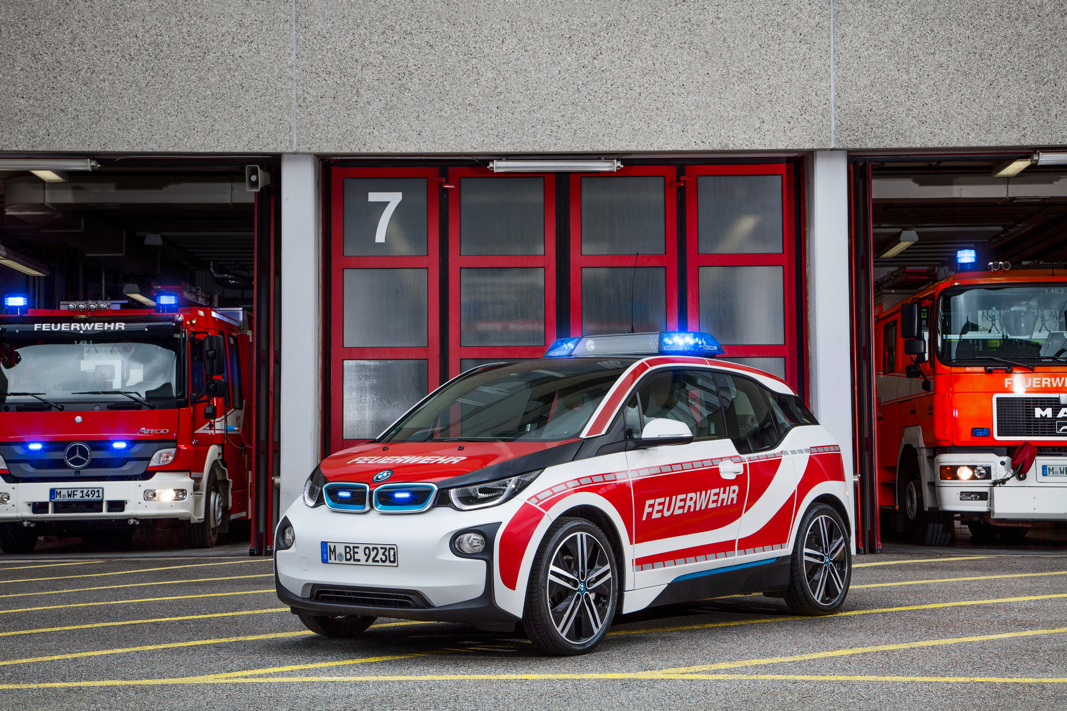 Bmw Shows The Versatile Character Of The I3 By Turning It