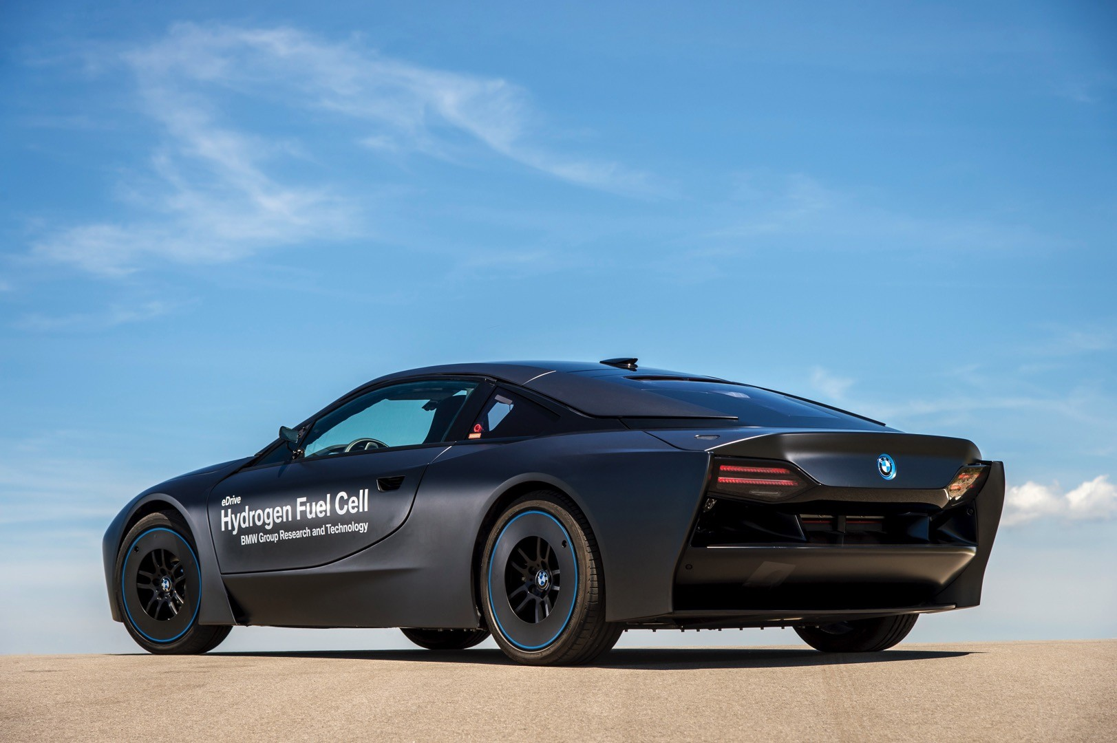 Bmw Unveils The First Fuel Cell Prototype Resulted From Collaboration With Toyota Autoevolution