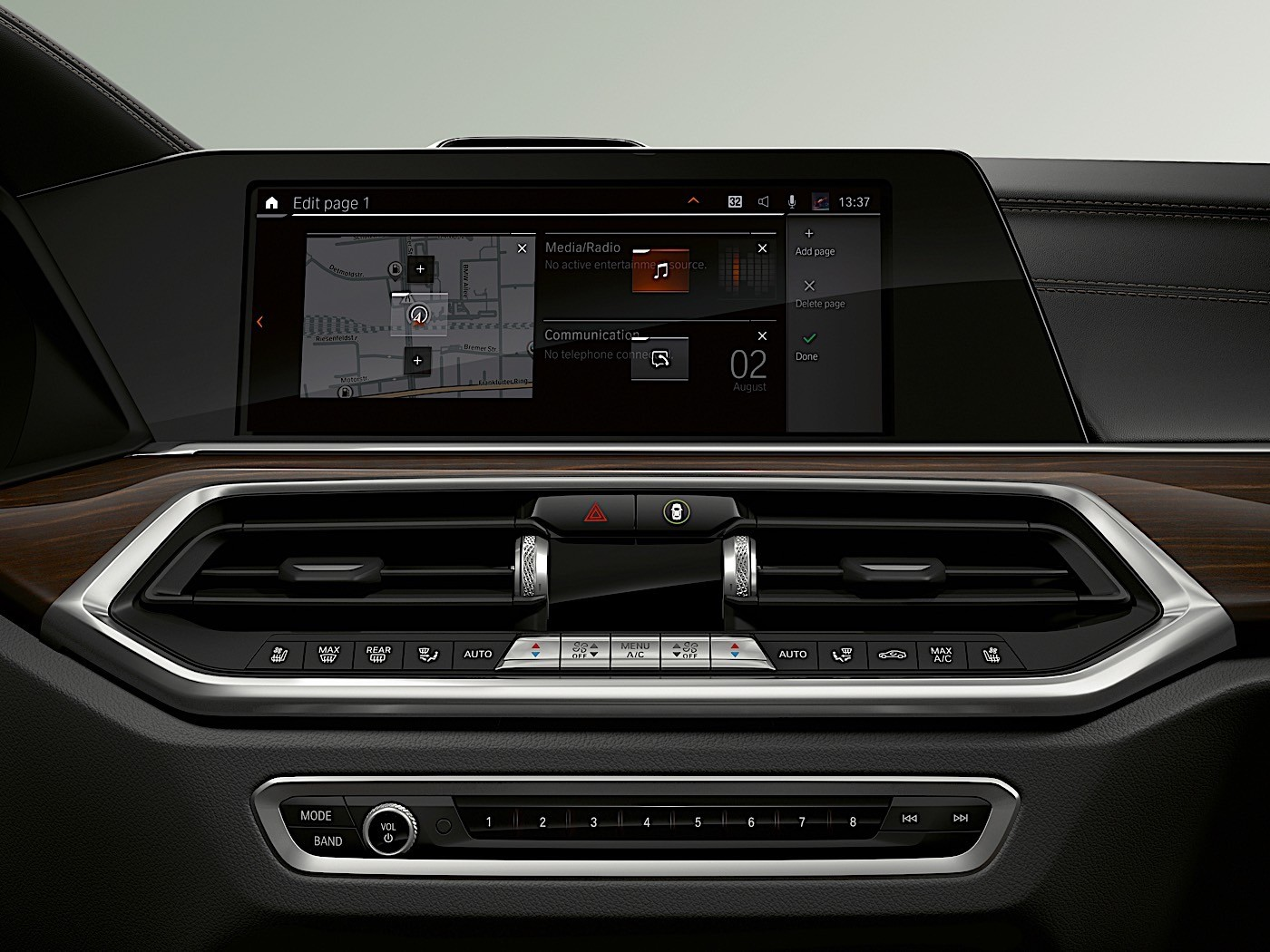 BMW Updates Cockpit Infotainment System, to Show it in Paris
