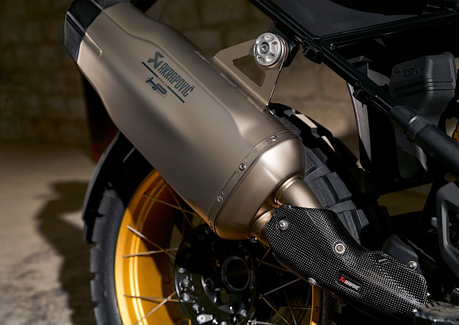 Bmw Updates R 1250 Range For The 2019 Model Year Autoevolution