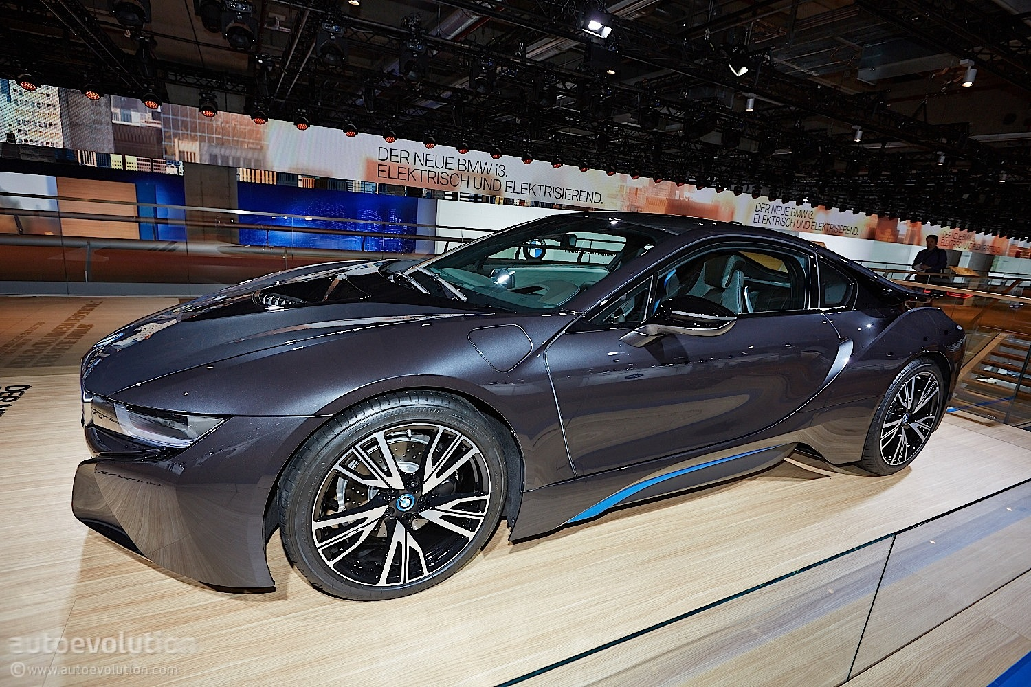 Bmw Wants To Increase I8 Production To Reduce Waiting List