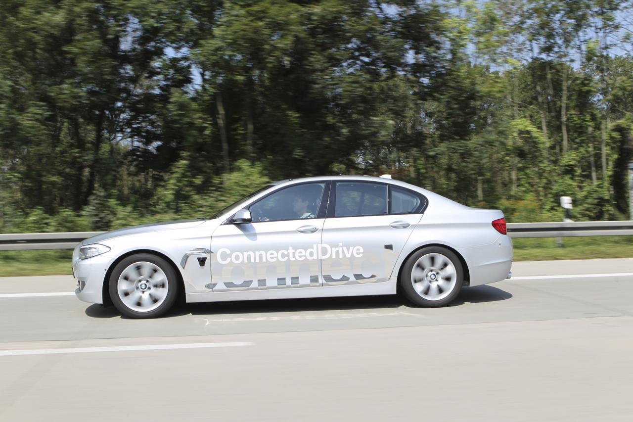 bmw working on autonomous cars connecteddrive connect. Black Bedroom Furniture Sets. Home Design Ideas