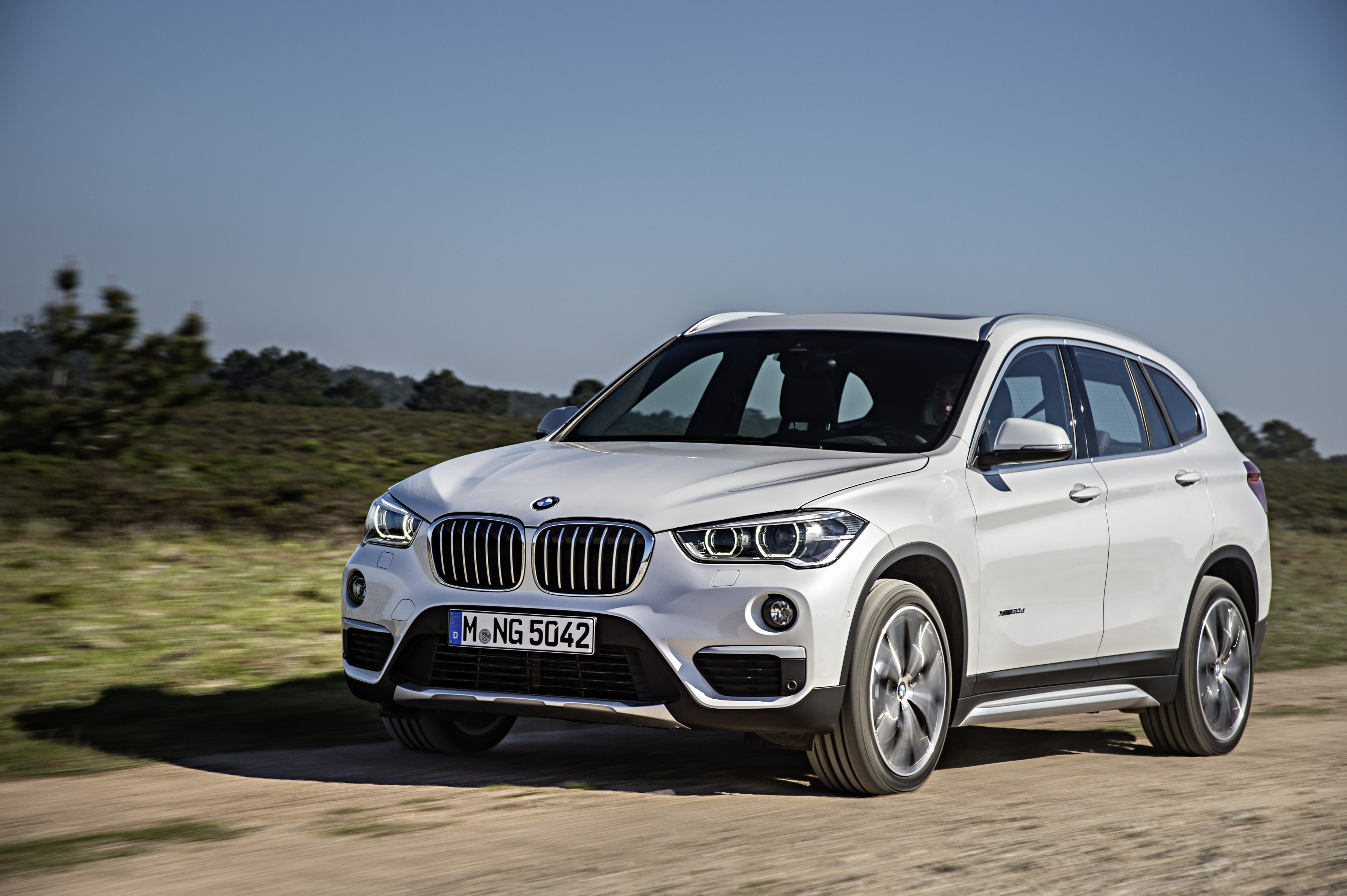 Bmw X1 Is Selling Like Hot Cakes Bmw Will Expand Production In