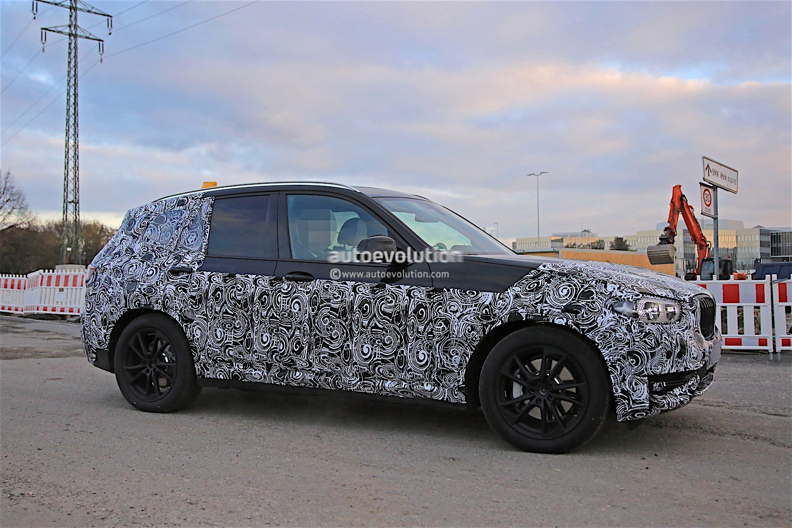 Fresh Spyshots of 2017 BMW X3 Reveal The SUVs Size  autoevolution