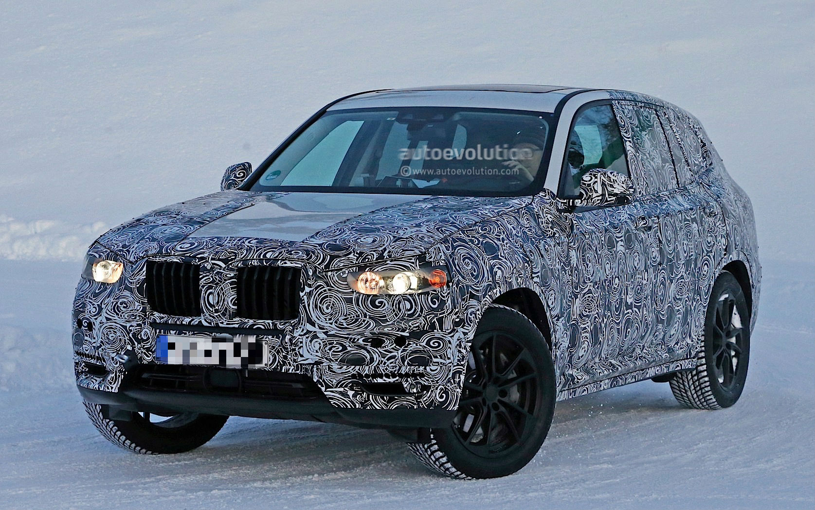 bmw-x3-spy​-shots-rev​eal-a-bigg​er-body-fo​r-the-germ​an-suv-pho​to-gallery​_4