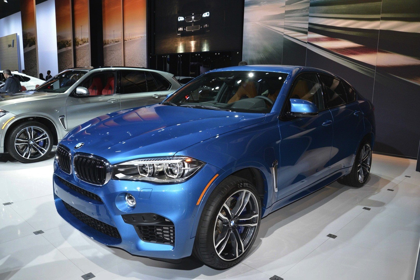 Color car los angeles - Bmw X5 M And X6 M Show Up In La With New Colors