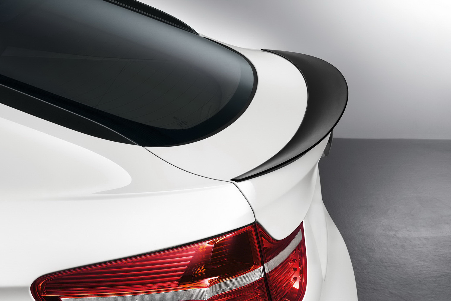 BMW X6 Gets Performance Accessories in North America - autoevolution