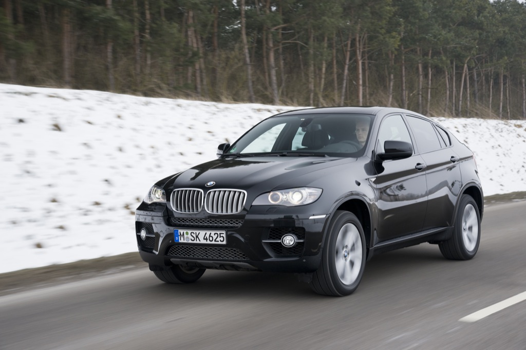 bmw x6 getting new optional extras and exclusive edition. Black Bedroom Furniture Sets. Home Design Ideas
