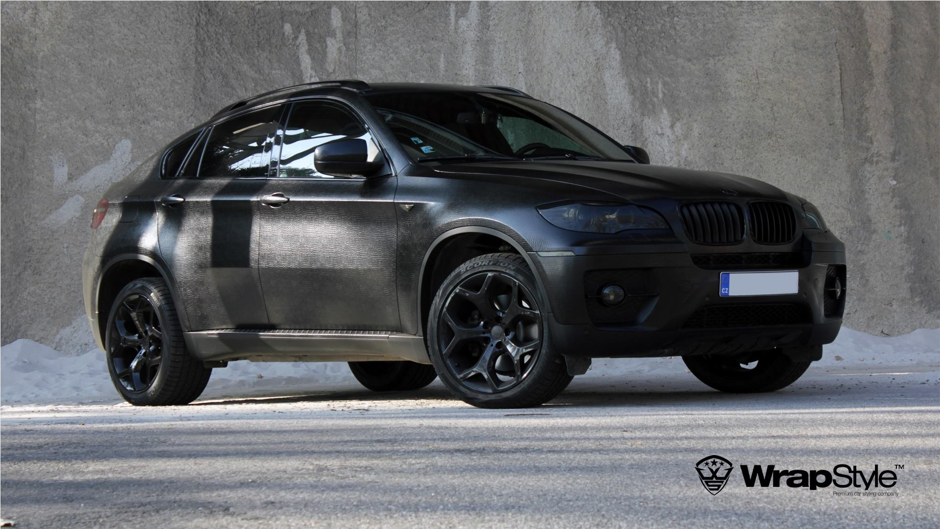 "Black Qx70 >> BMW X6 Wrapped in ""Black Alligator"" Looks Kinda' Cool ..."