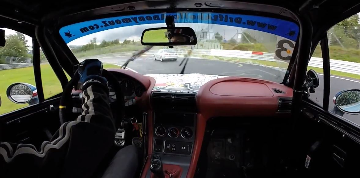Bmw Z3 Coupe Chasing E46 M3 Into The Storm Is A Wet Nurburgring Driving Lesson Autoevolution