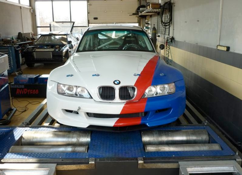 Bmw Z3 Gets M5 V10 Engine For Bulgarian Racing Autoevolution