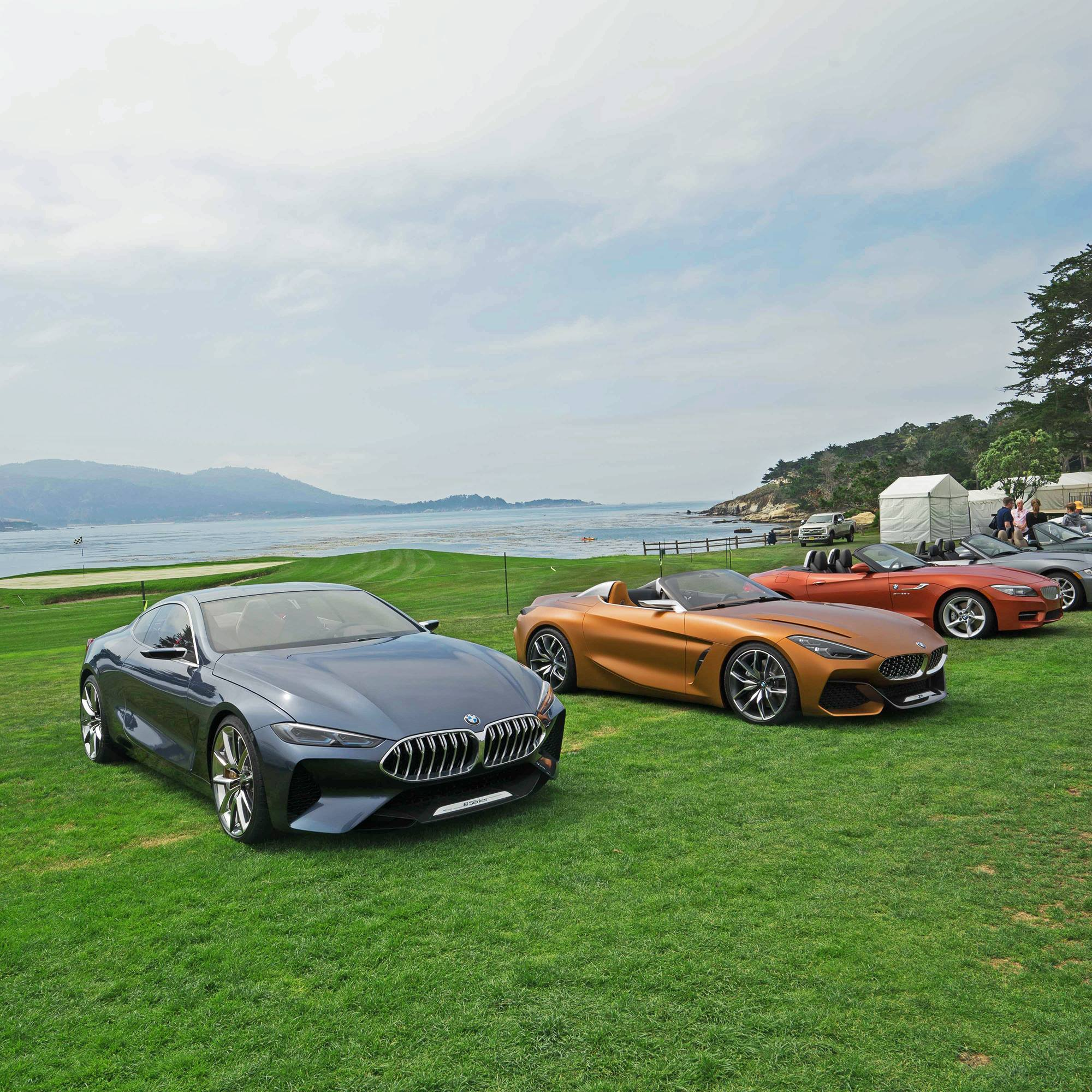 bmw z4 and 8 series concepts share pebble beach spotlight. Black Bedroom Furniture Sets. Home Design Ideas