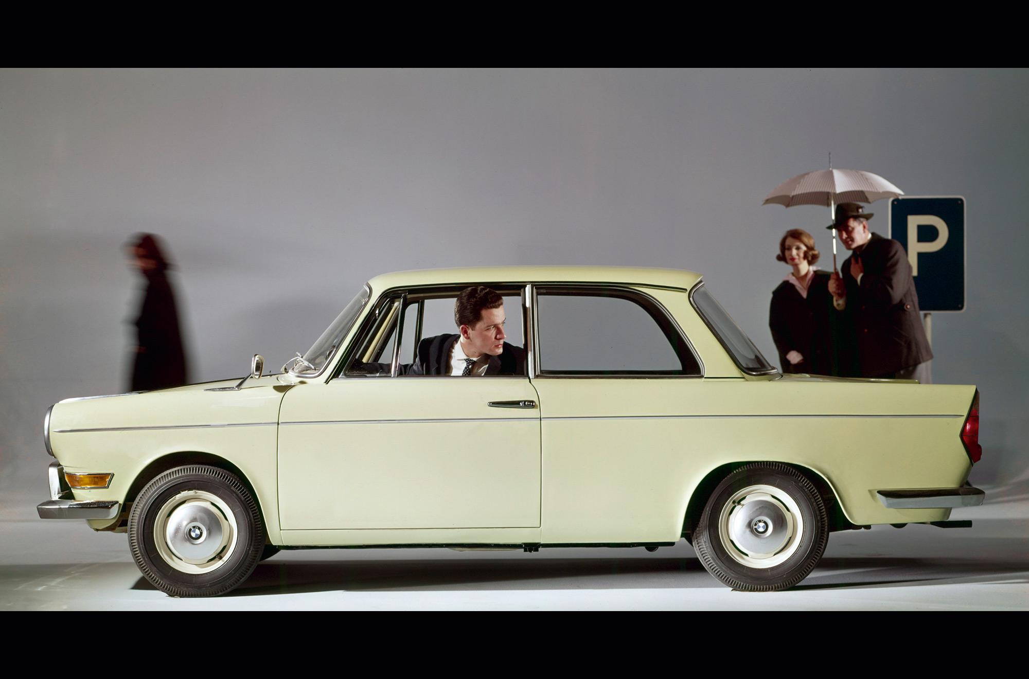 BMW 700 #