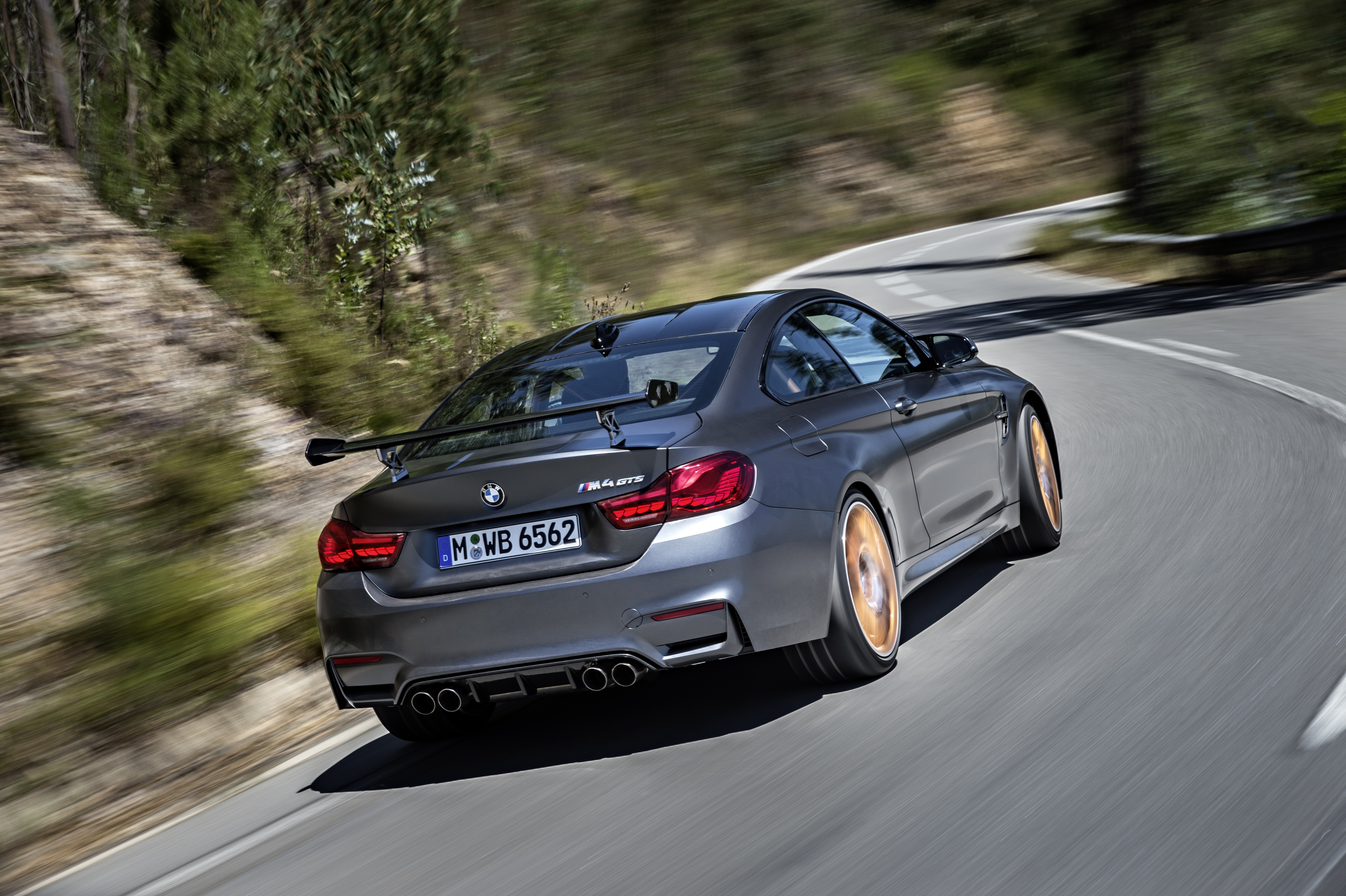 bosch 39 s water injection system developed for bmw m4 gts will reach other cars autoevolution. Black Bedroom Furniture Sets. Home Design Ideas