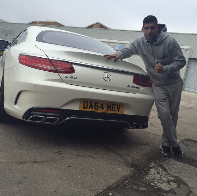boxer amir khan buys new mercedes s63 amg autoevolution. Black Bedroom Furniture Sets. Home Design Ideas