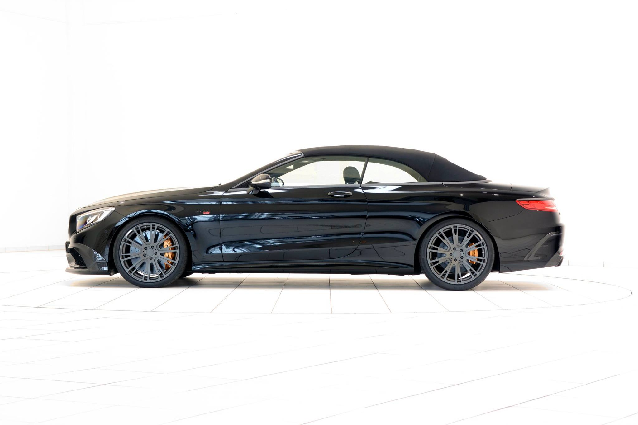 brabus 850 mercedes s class cabrio is more than an amg. Black Bedroom Furniture Sets. Home Design Ideas