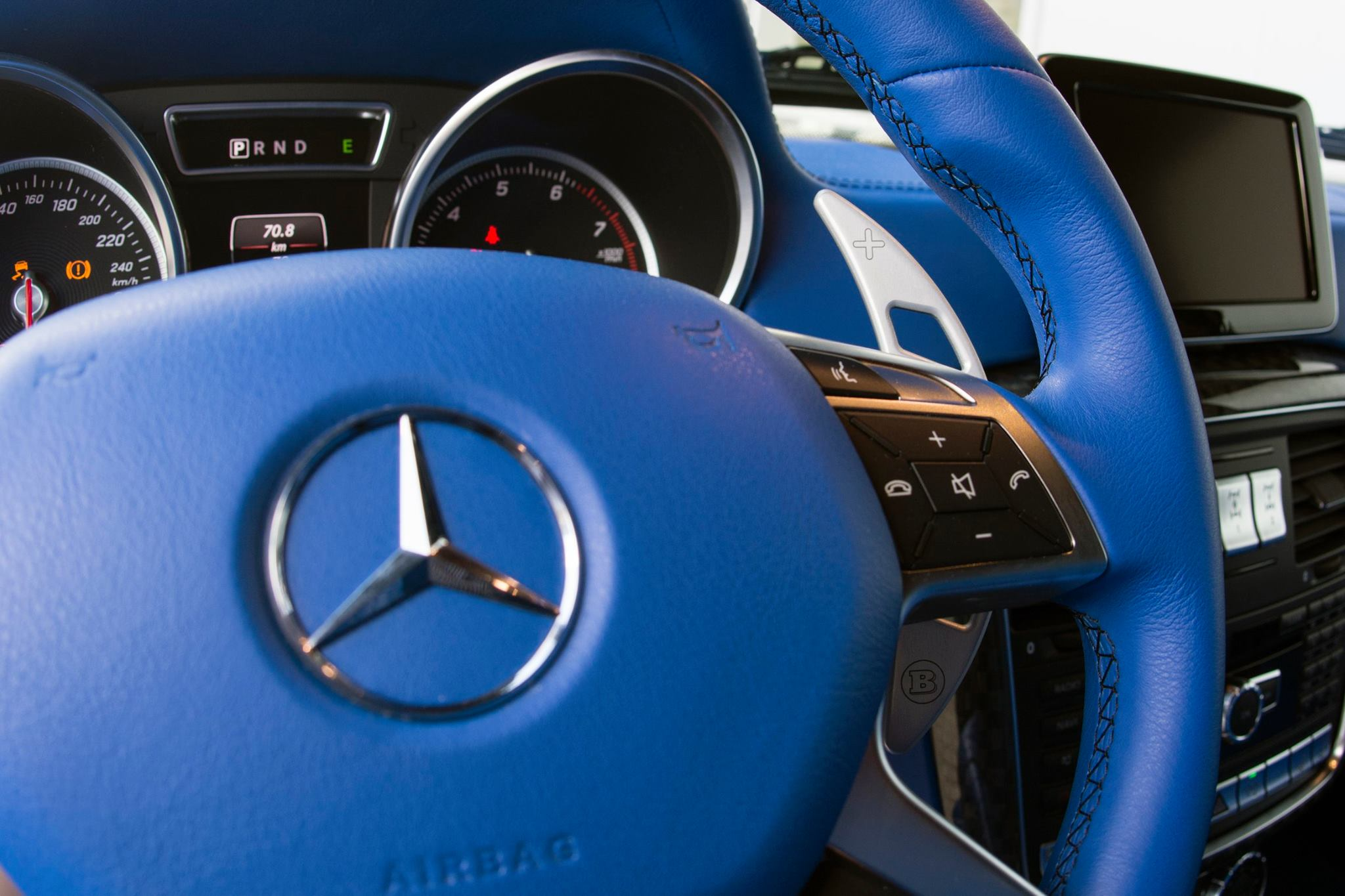Better Way Auto >> Brabus G500 4x4 Has a Blue Leather Interior That's Nifty - autoevolution