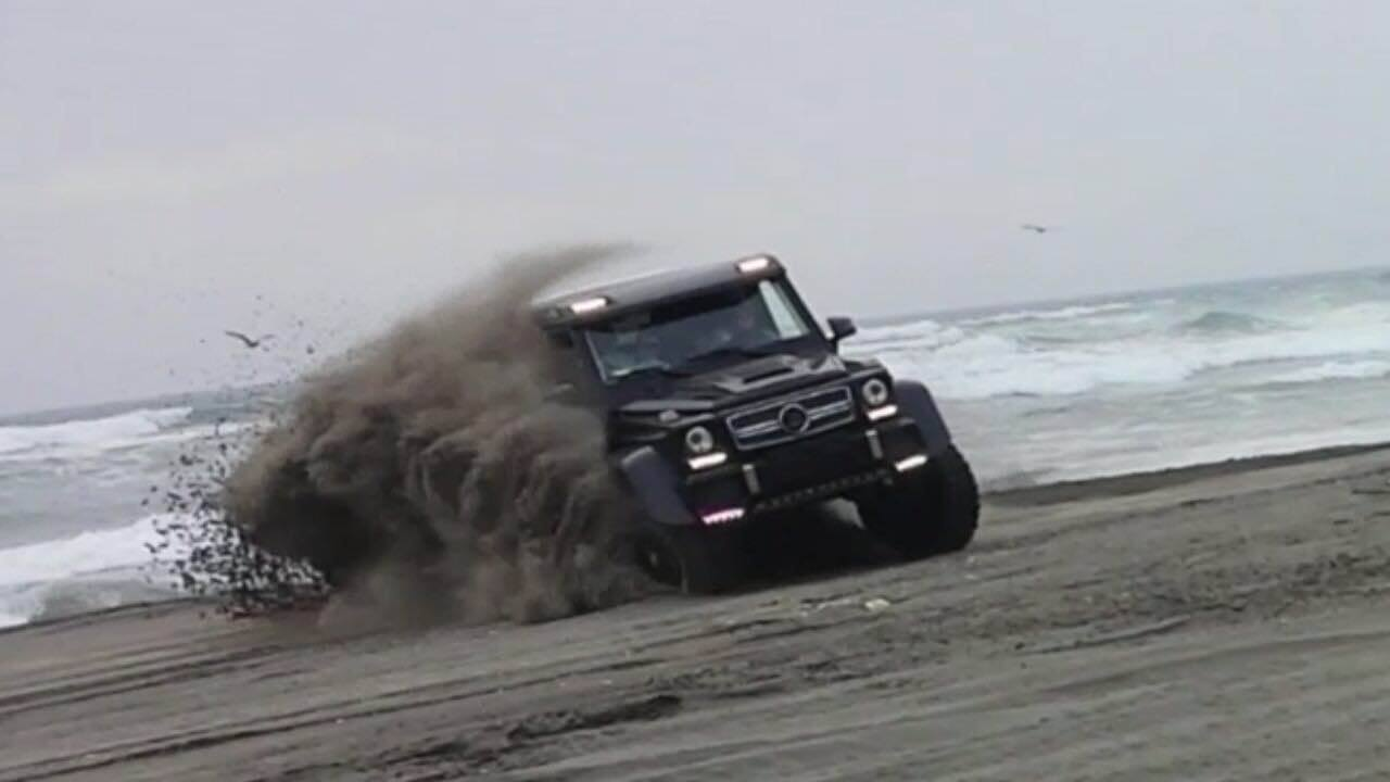 brabus g63 amg 6x6 surfs sand dunes in chile photo gallery autoevolution. Black Bedroom Furniture Sets. Home Design Ideas