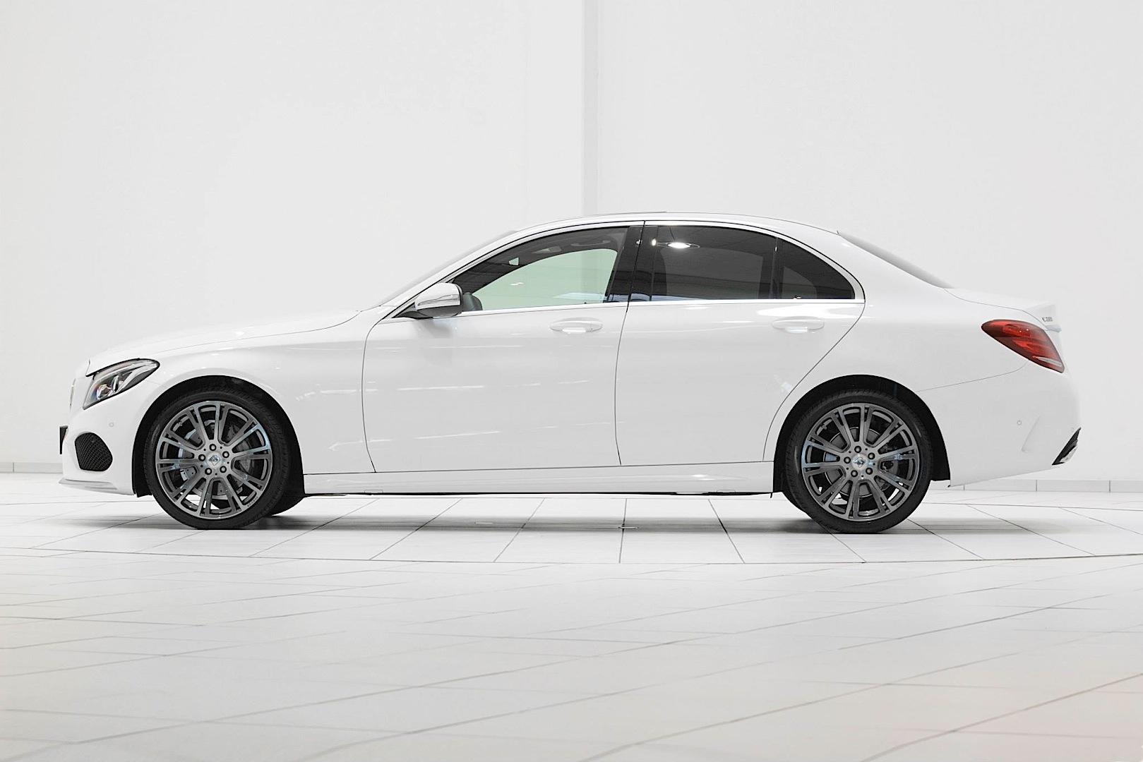 Brabus launches wheels for the new c class w205 for Mercedes benz c class wheels