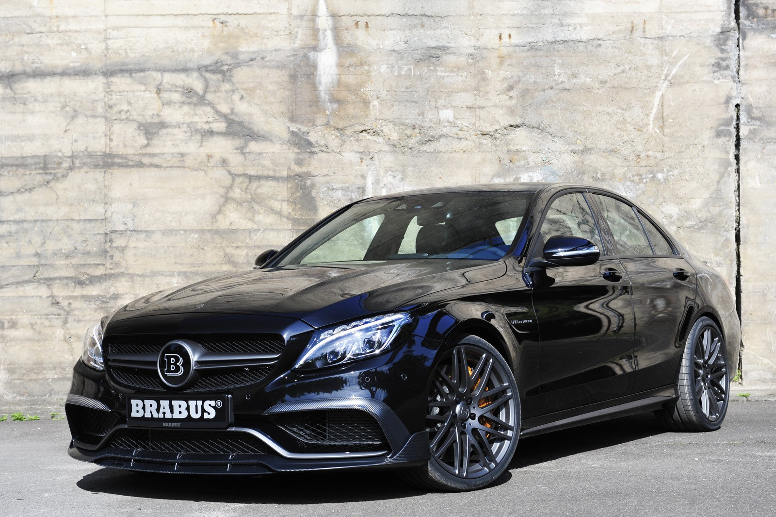 brabus makes the 2016 mercedes amg c63 s even more. Black Bedroom Furniture Sets. Home Design Ideas