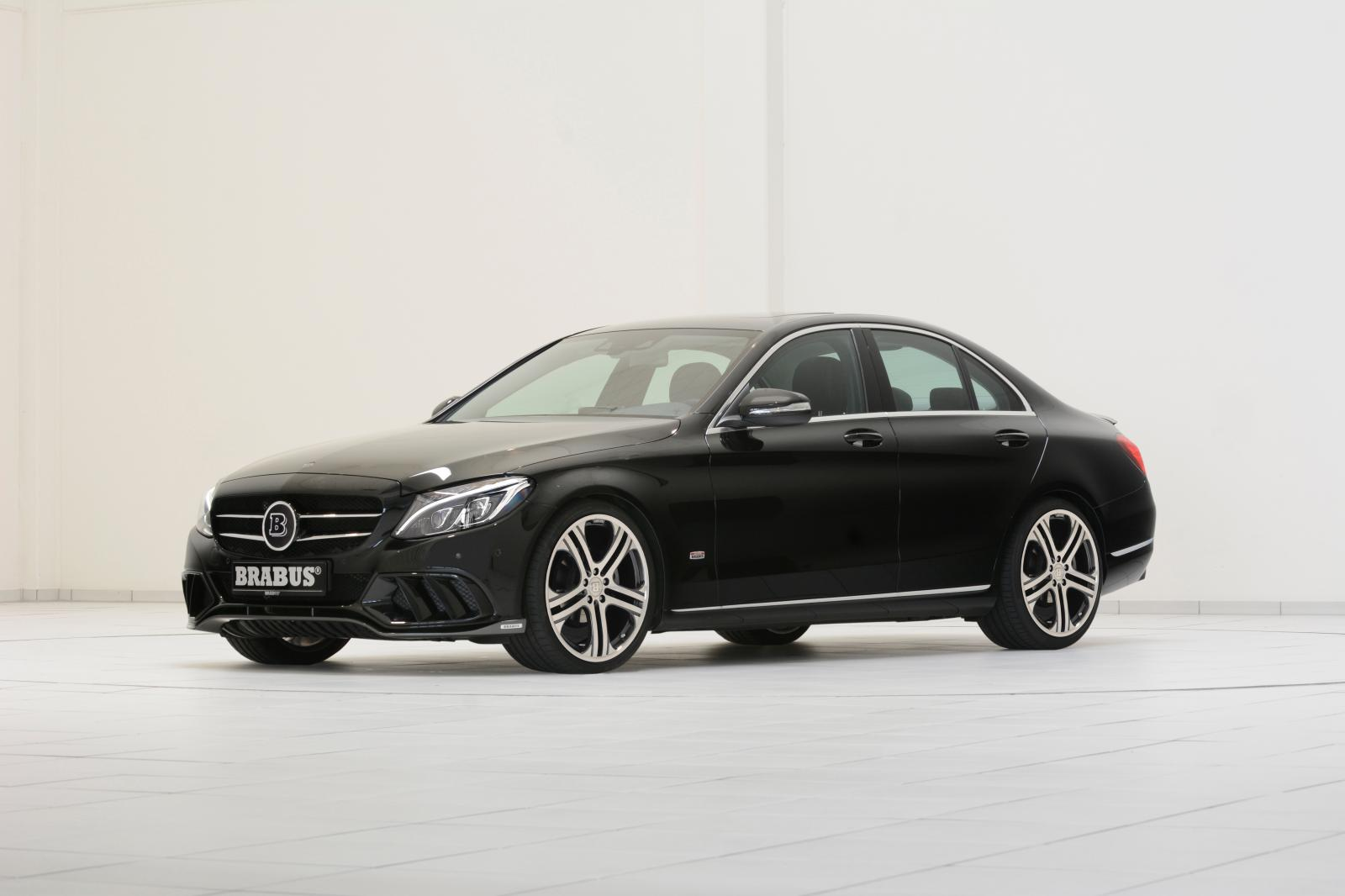 Mercedes benz c 220 bluetec w205 vs bmw 320d f30 for Mercedes benz packages