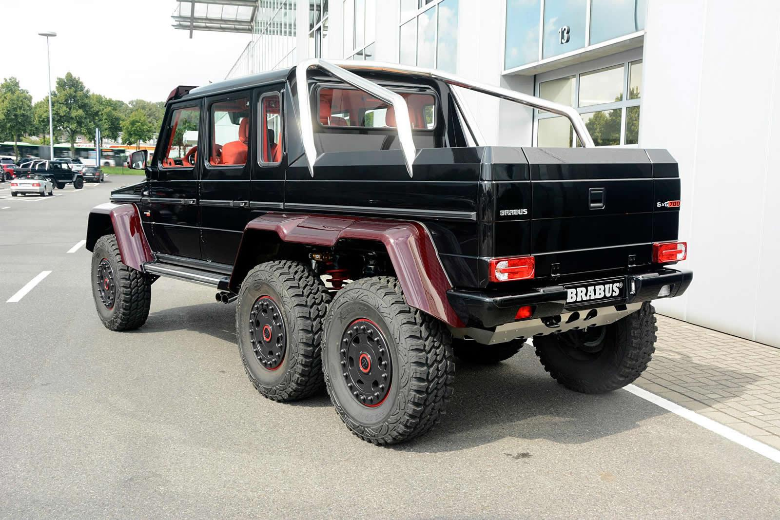 brabus mercedes benz g63 amg 6x6 now sports red carbon. Black Bedroom Furniture Sets. Home Design Ideas
