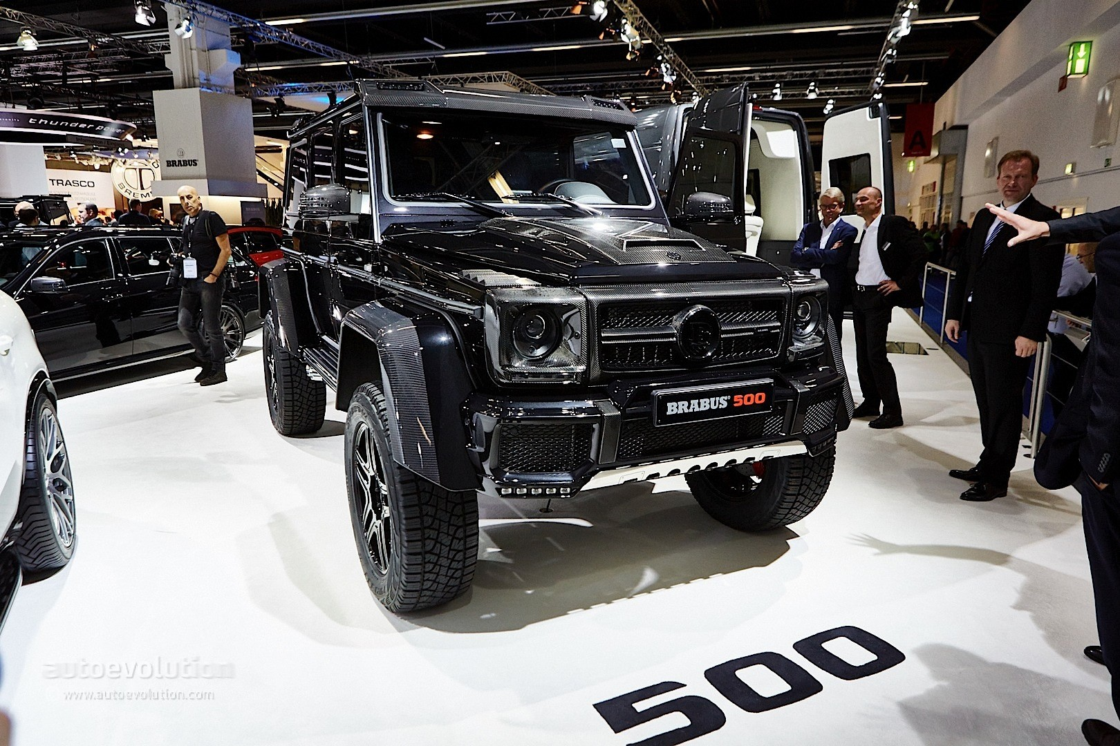 Se Large in addition Mercedesbenzslrstrilingmoss additionally Mercedes Benz E Black as well Px Isdera Imperator likewise Brabus Mercedes G X And G Class Biturbo Widestar Militarise Frankfurt Live Photos. on mercedes benz 300