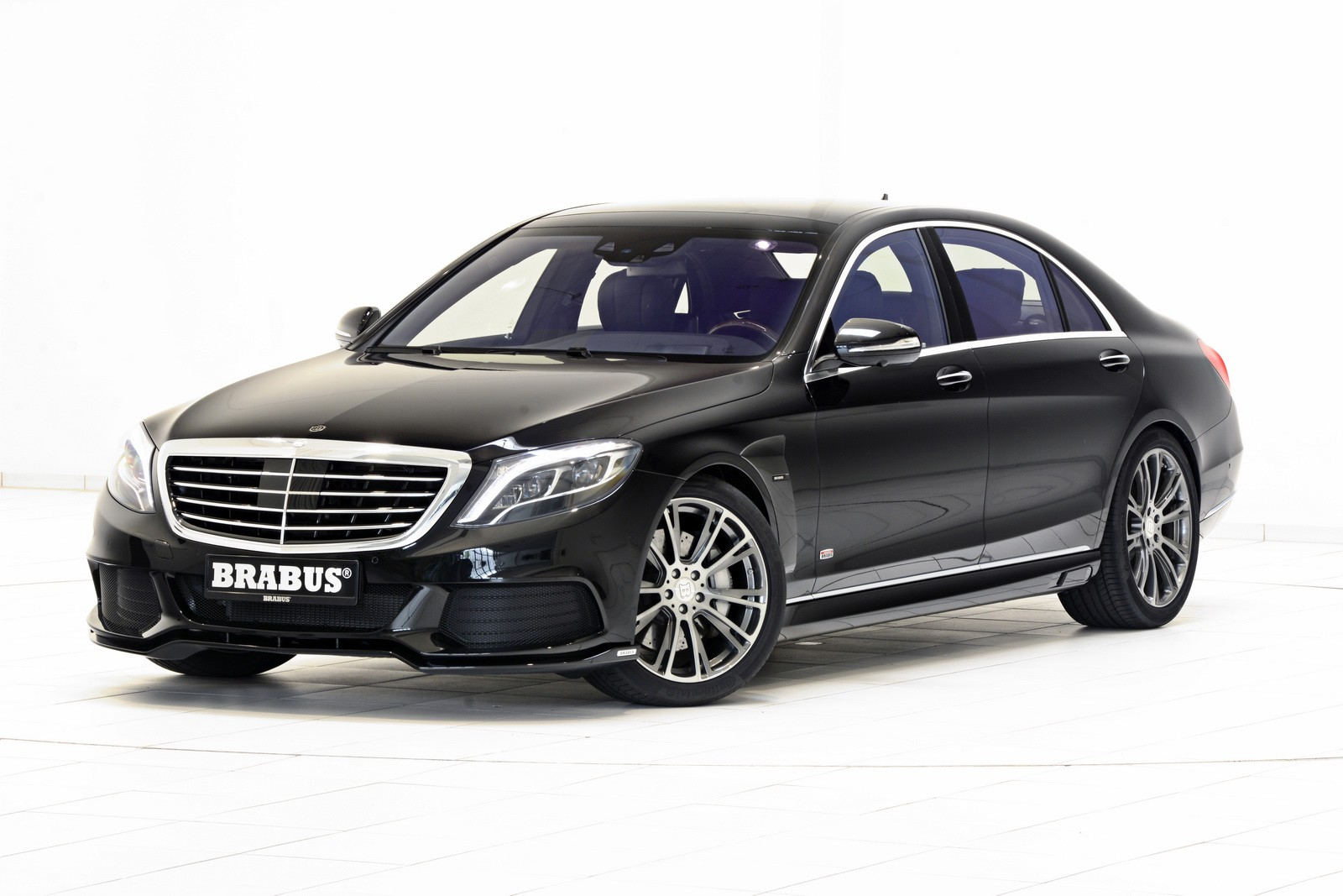 Brabus powerxtra b50 hybrid is a mercedes benz s500 plug for Mercedes benz 50