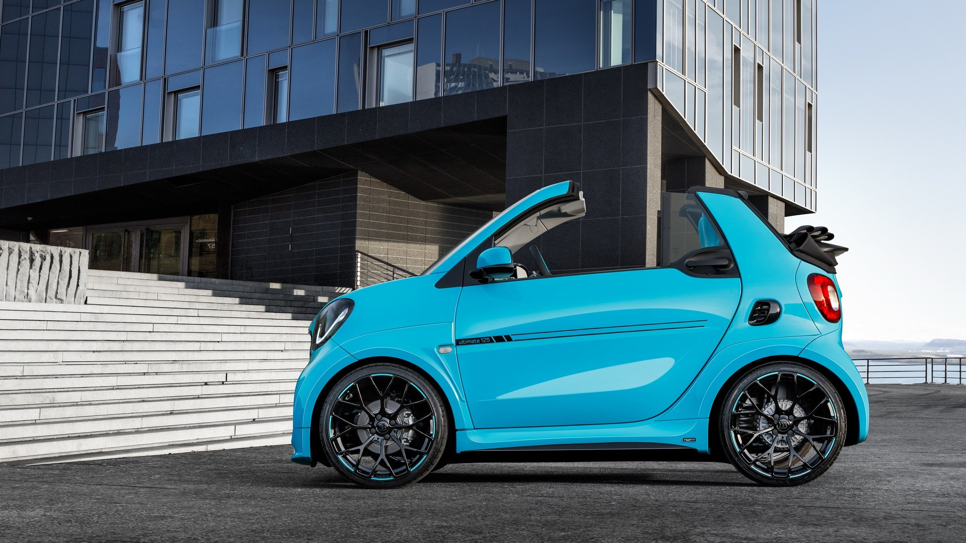 brabus reveals amazing 125 hp tuned smart fortwo cabrio. Black Bedroom Furniture Sets. Home Design Ideas