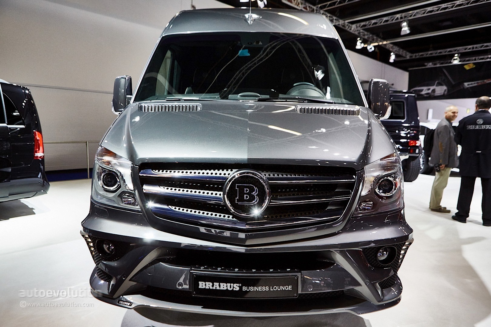 ' ' from the web at 'http://s1.cdn.autoevolution.com/images/news/gallery/brabus-sprinter-and-v-class-fill-the-luxury-van-gap-in-frankfurt-live-photos_6.jpg'