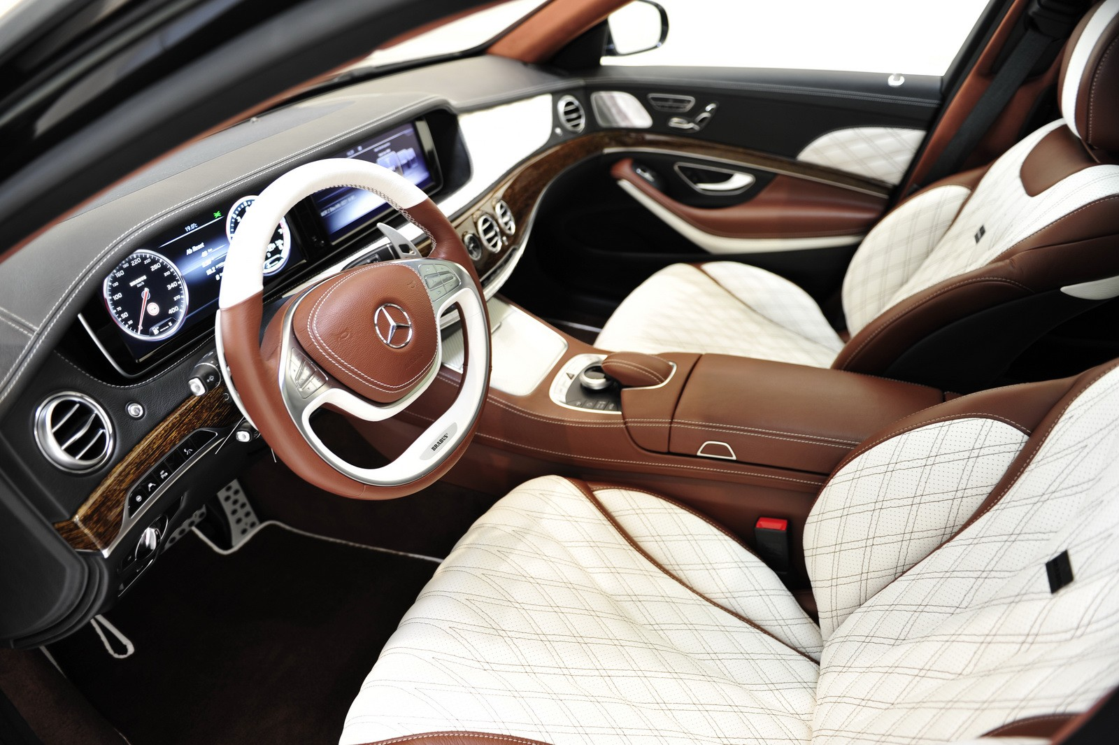 Brabus Throws 900 Hp Into The Mercedes Maybach S600 Casts Opulent Interior Autoevolution