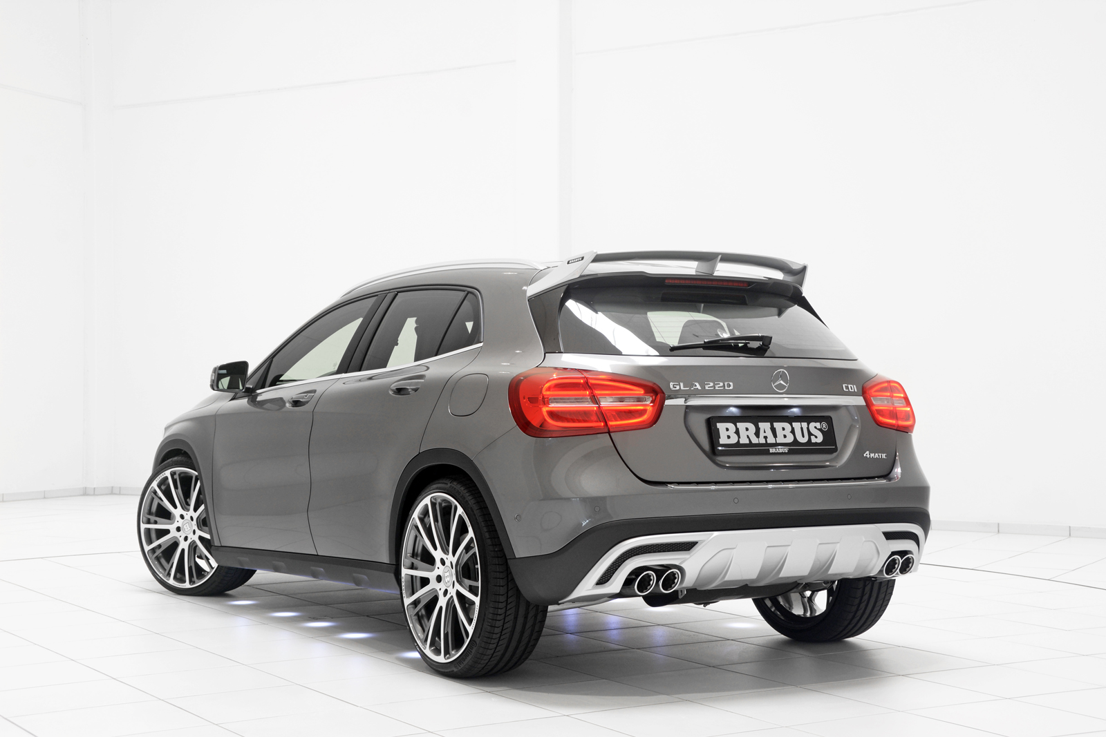 brabus tunes aggression into mercedes benz gla class autoevolution. Black Bedroom Furniture Sets. Home Design Ideas