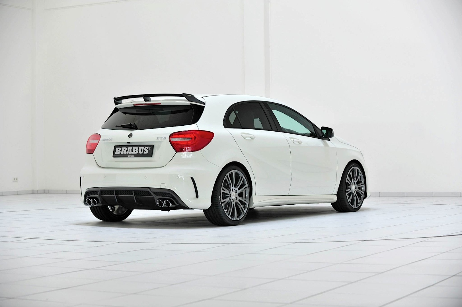 Brabus tunes the mercedes benz a250 cgi autoevolution for Mercedes benz employee salary