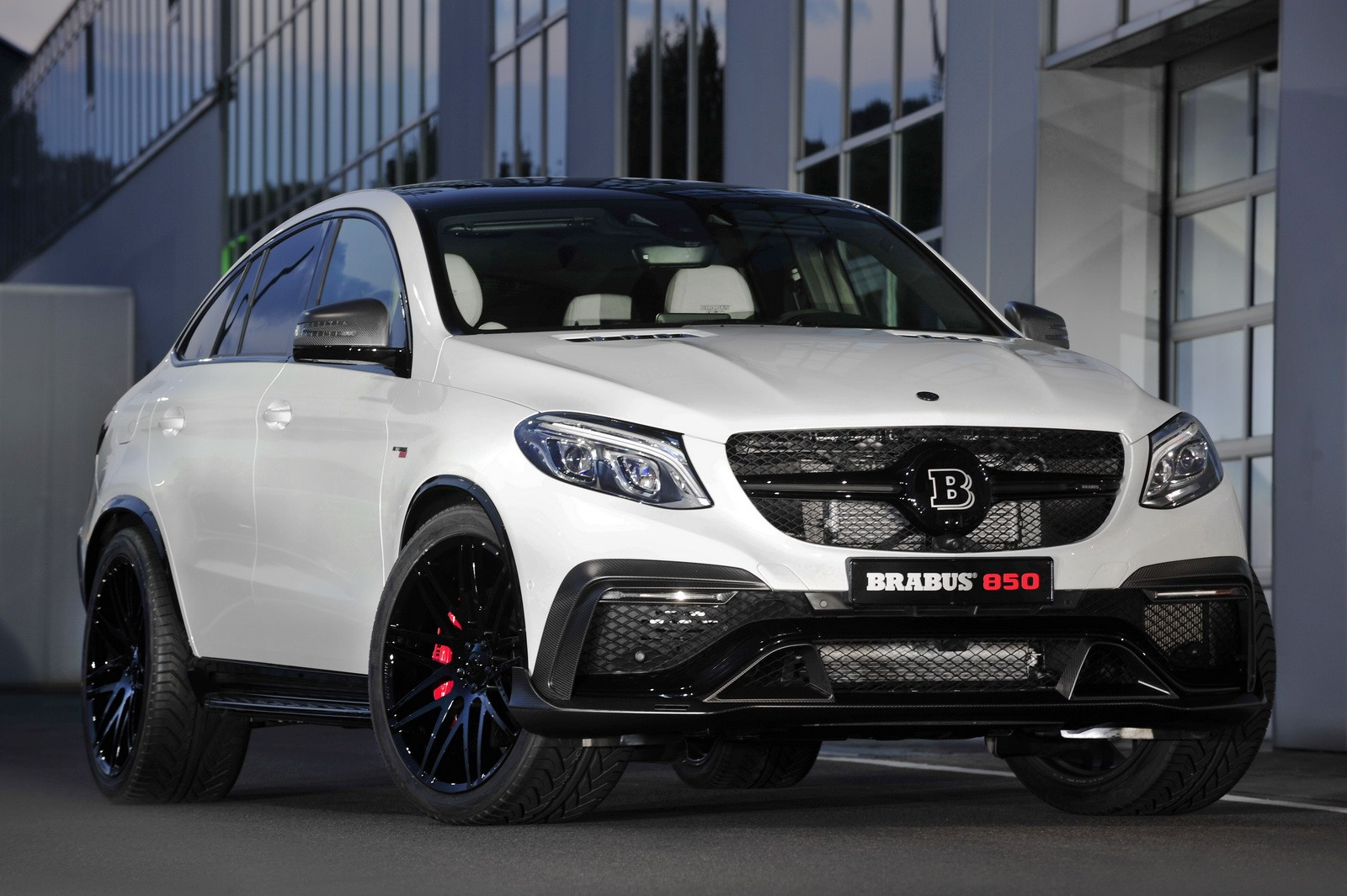 Brabus unveils 850 hp gle 63 amg coupe with stormtrooper for Interieur 65