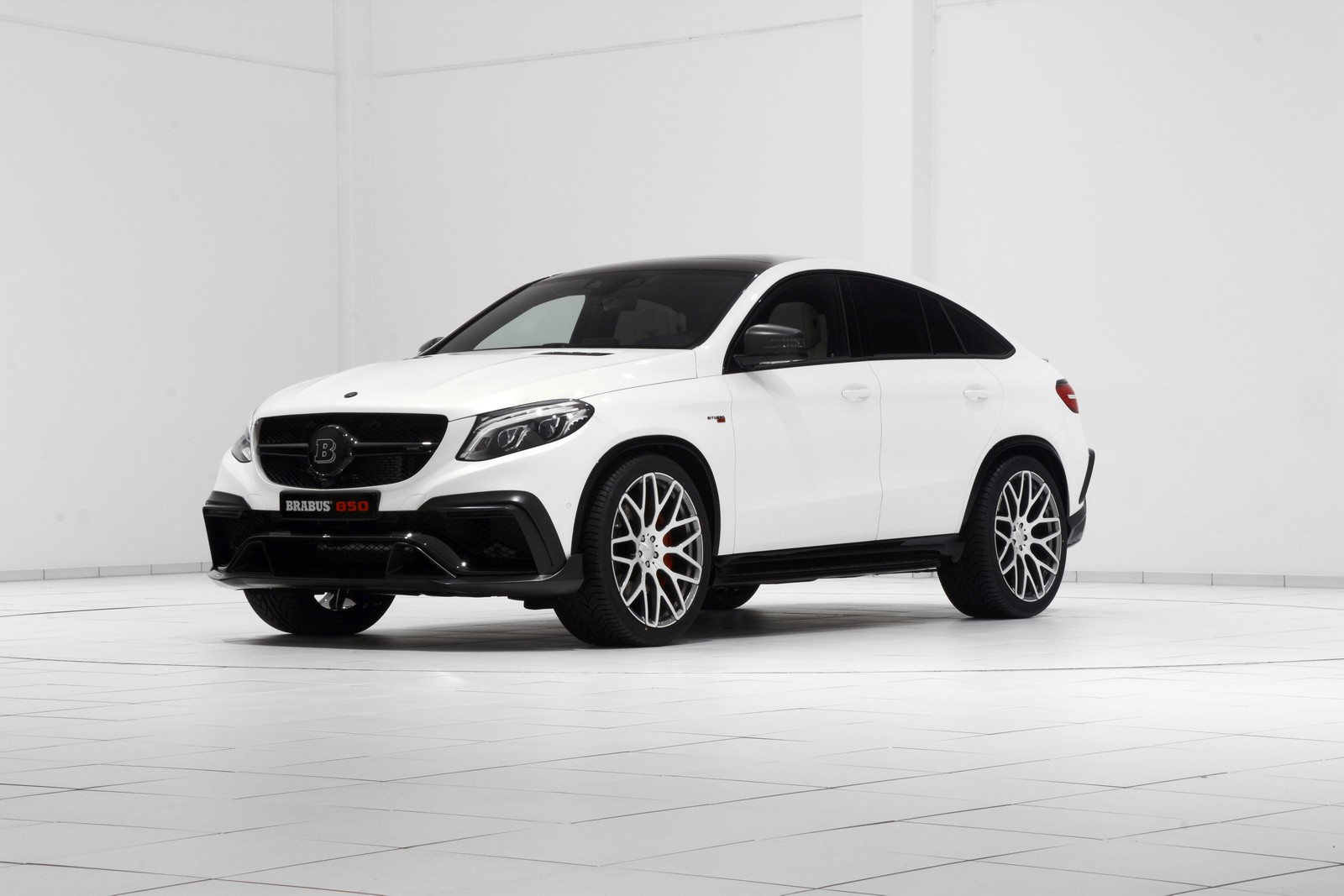 brabus unveils 850 hp gle 63 amg coupe with stormtrooper look autoevolution. Black Bedroom Furniture Sets. Home Design Ideas