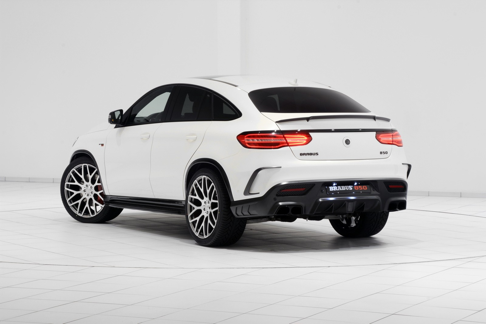 Brabus Unveils 850 Hp Gle 63 Amg Coupe With Stormtrooper
