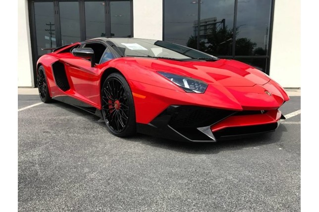 Brand New Lamborghini Aventador Sv Roadster For Sale Looks Bloodthirsty Autoevolution