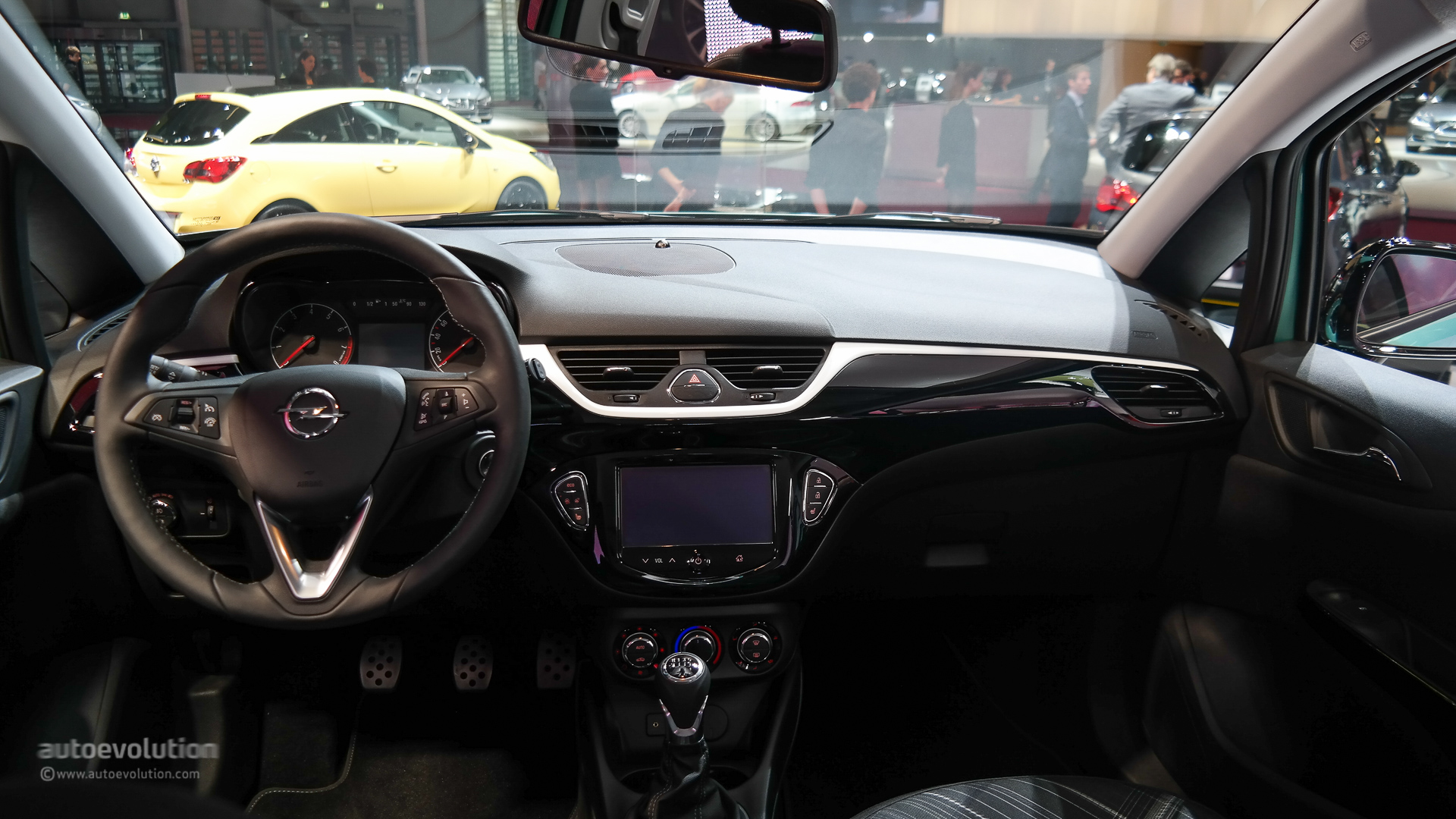 Brand New Opel Corsa Bows At Paris Motor Show 2014 Live