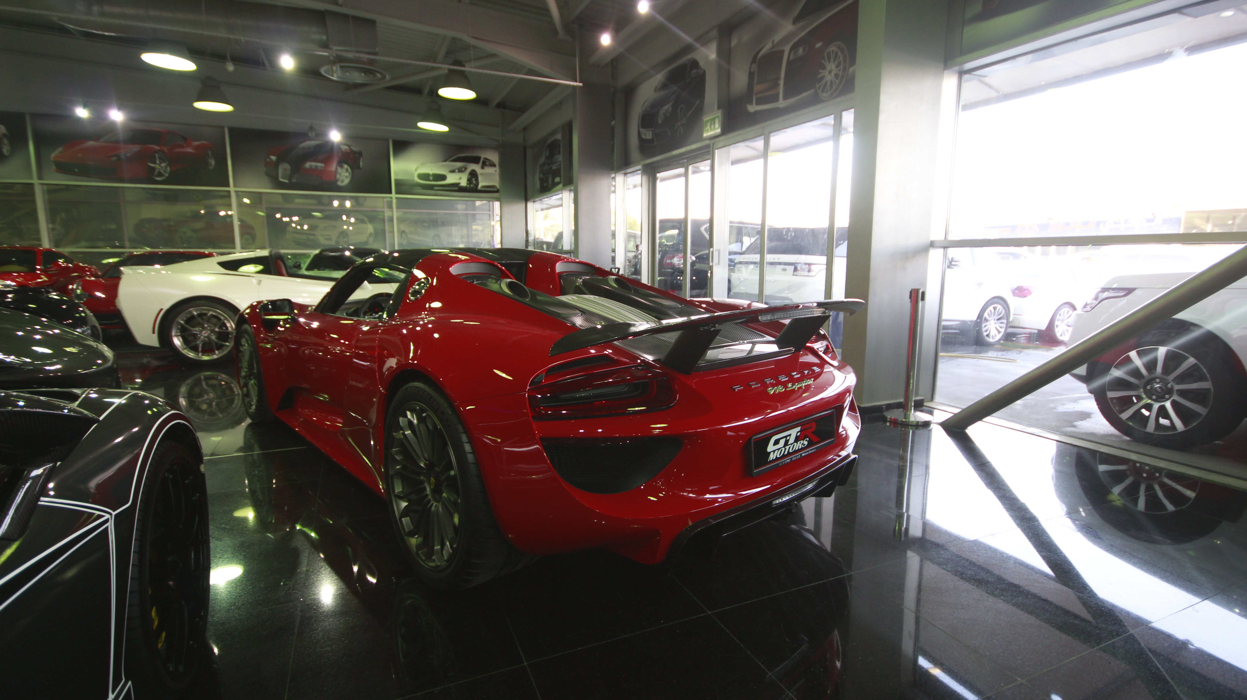 brand-new-porsche-918-spyder-for-sale-in-dubai-could-cost-2-million_1 Outstanding Porsche 918 Spyder On Sale Cars Trend